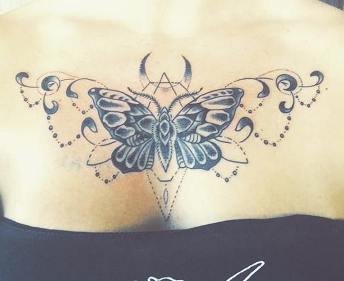 Best Female Chest Tattoos Pressroomvip Part 3 Chest Tattoos For Women Small Chest Tattoos Neck Tattoos Women