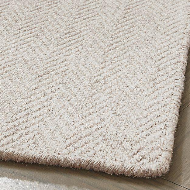 Shop Herringbone Ivory Wool Blend Rug Wool Blend Yarns In Heathered Ivory Create A Neutral Layer Of Textured Elegance In Herringbone Rug Rugs Large Wool Rugs