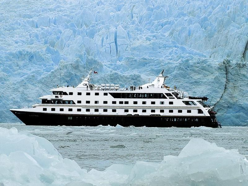 Lindblad Expeditions Buying A New Ship For Galapagos Cruises - Buying a cruise ship