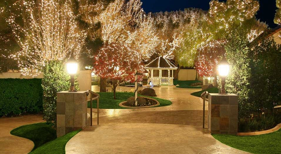 Sunset Gardens Is A Charming Venue With Multiple Ballroom Options Chapel And Outdoor Locations Weddings In The Feel Like Fairy Tales