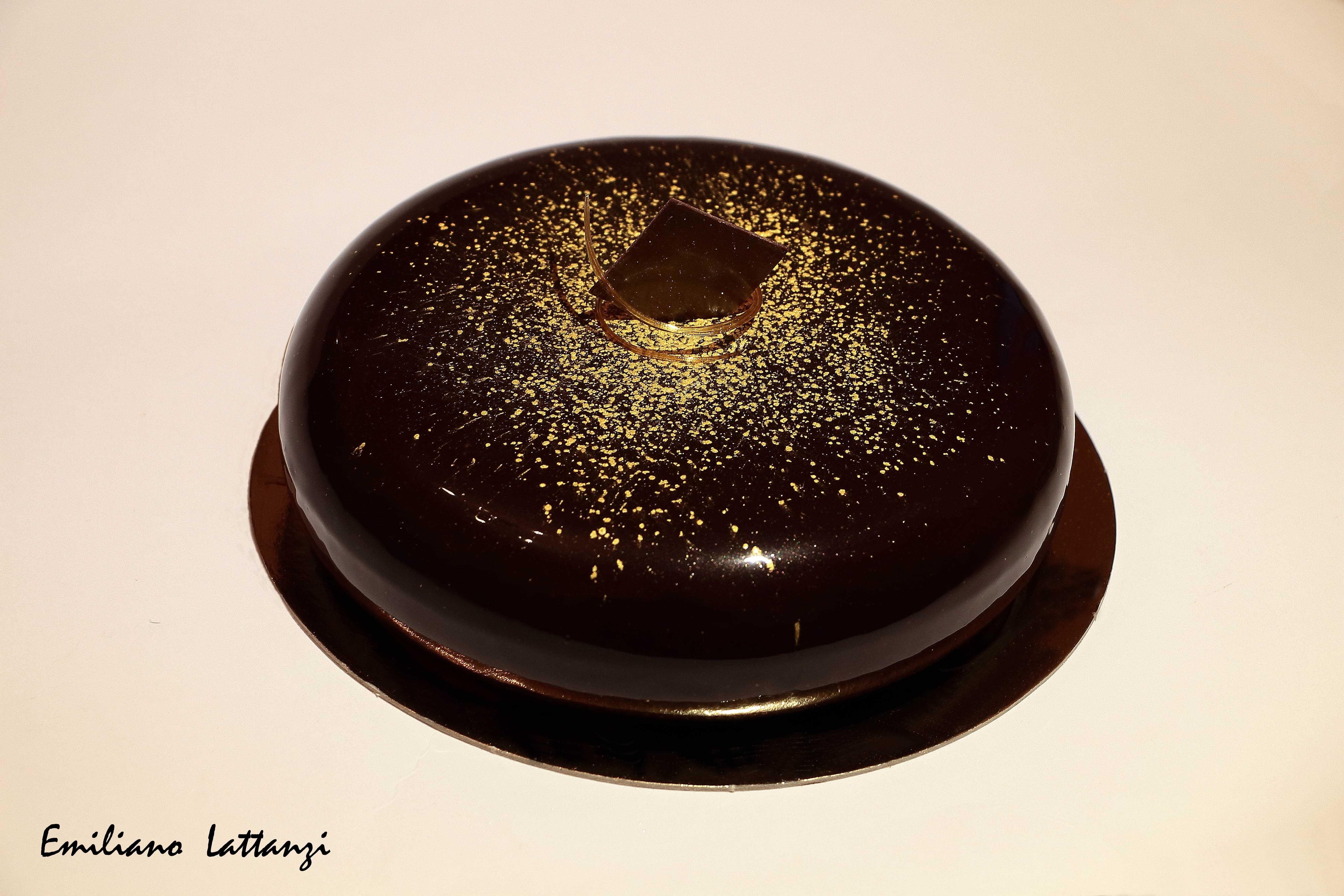 Pan di spagna arancia mousse leggera al cioccolato e miele - Glassa a specchio montersino ...