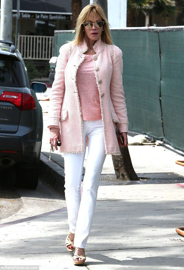 Melanie Griffith shows off style in pink coat | Melanie griffith ...