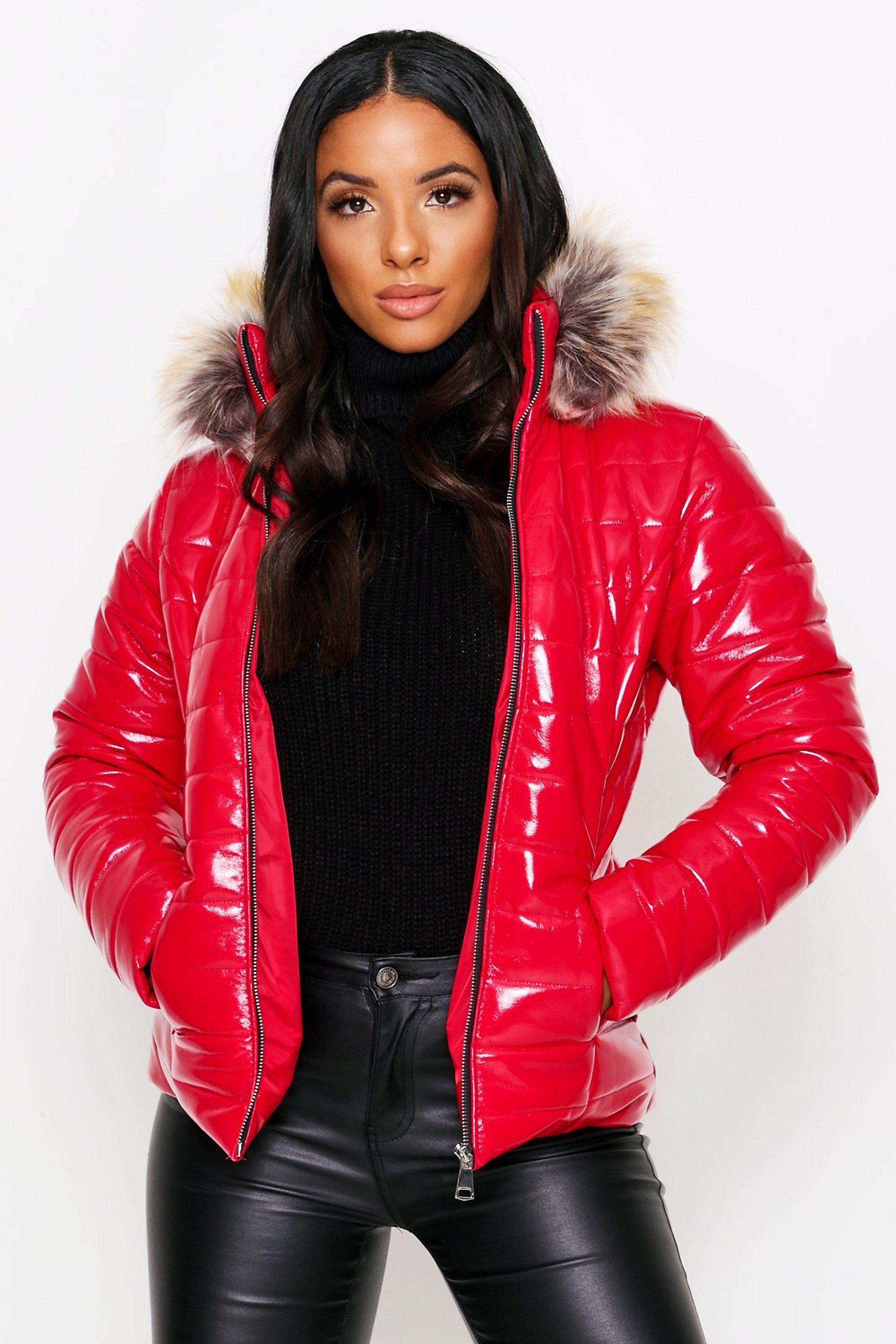 Wetlook Puffer Coat With Faux Fur Hood Misspap Uk Puffer Coat Style Puffer Coat With Fur Puffer Coat [ 3272 x 2181 Pixel ]
