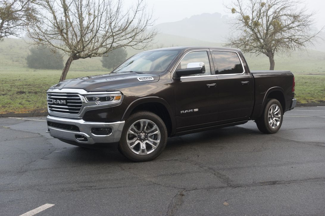 Ram recalls 10,000 pickup trucks for fracturing