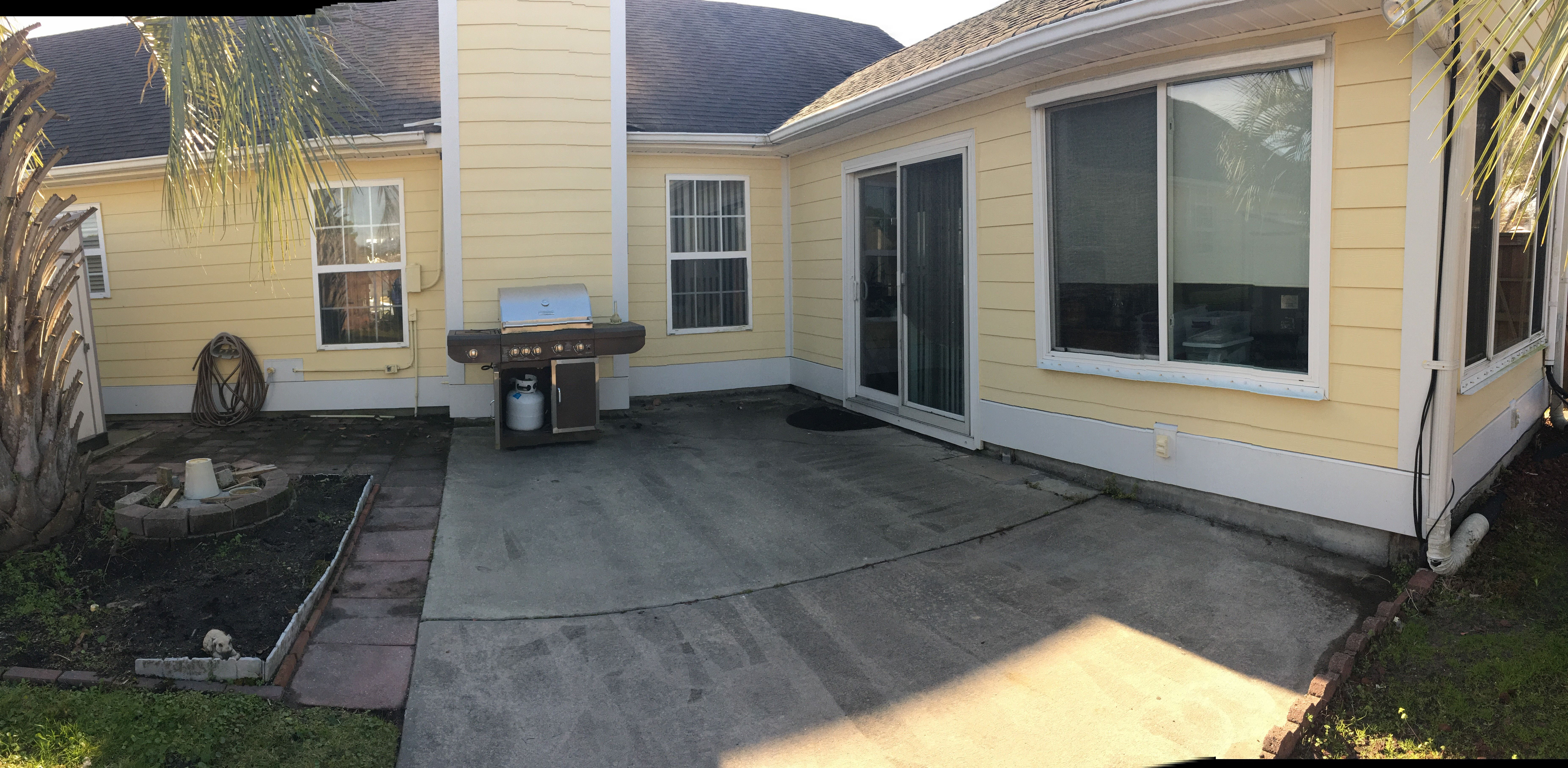 This Home Originally Had Masonite Siding That Had Cracks Throughout The Whole House We Replaced It With James Hardie Color Plus With Images Masonite Siding Siding Roofing