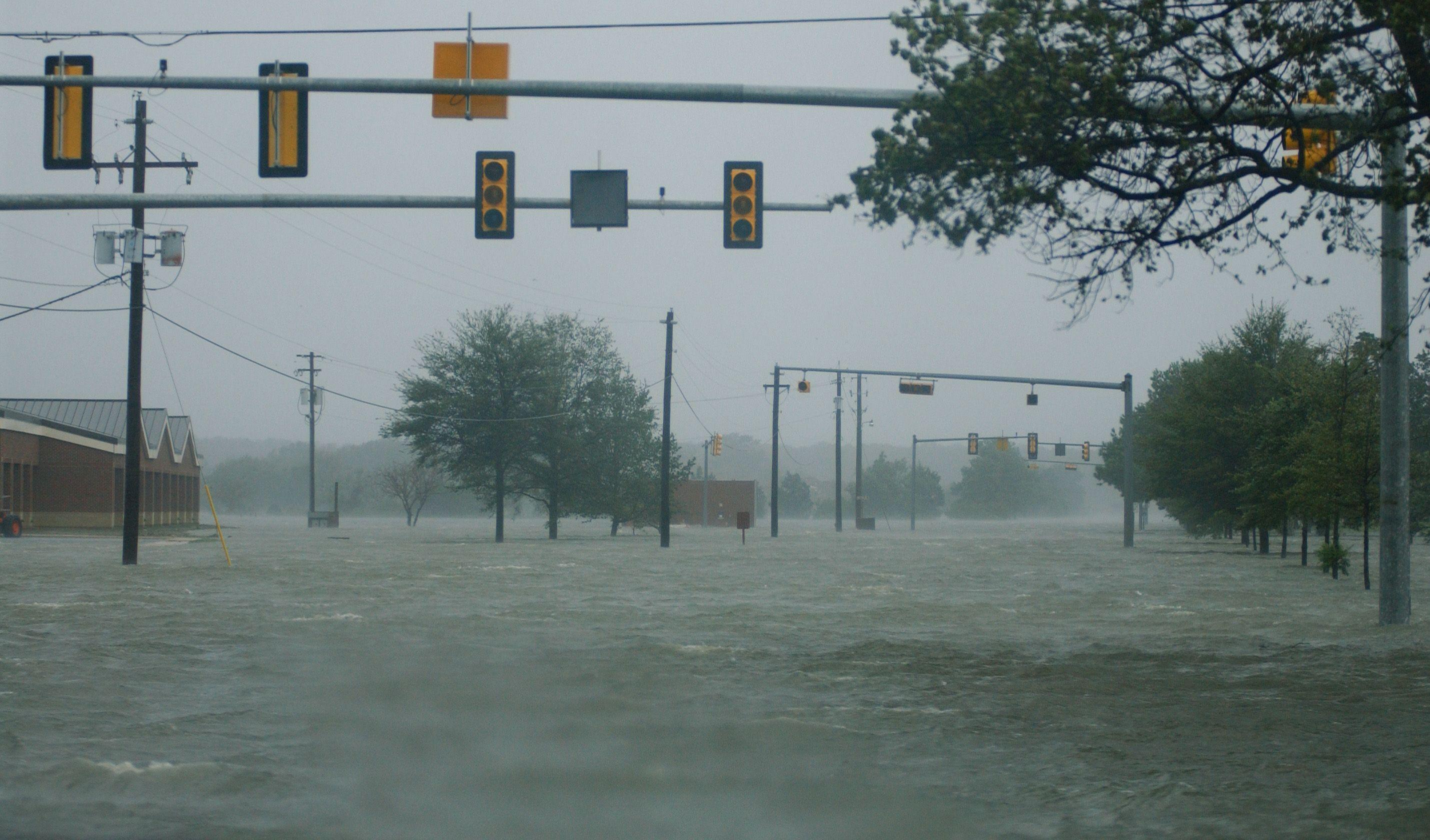 Hurricane Isabel Google Search Weather Underground Hurricane Flood