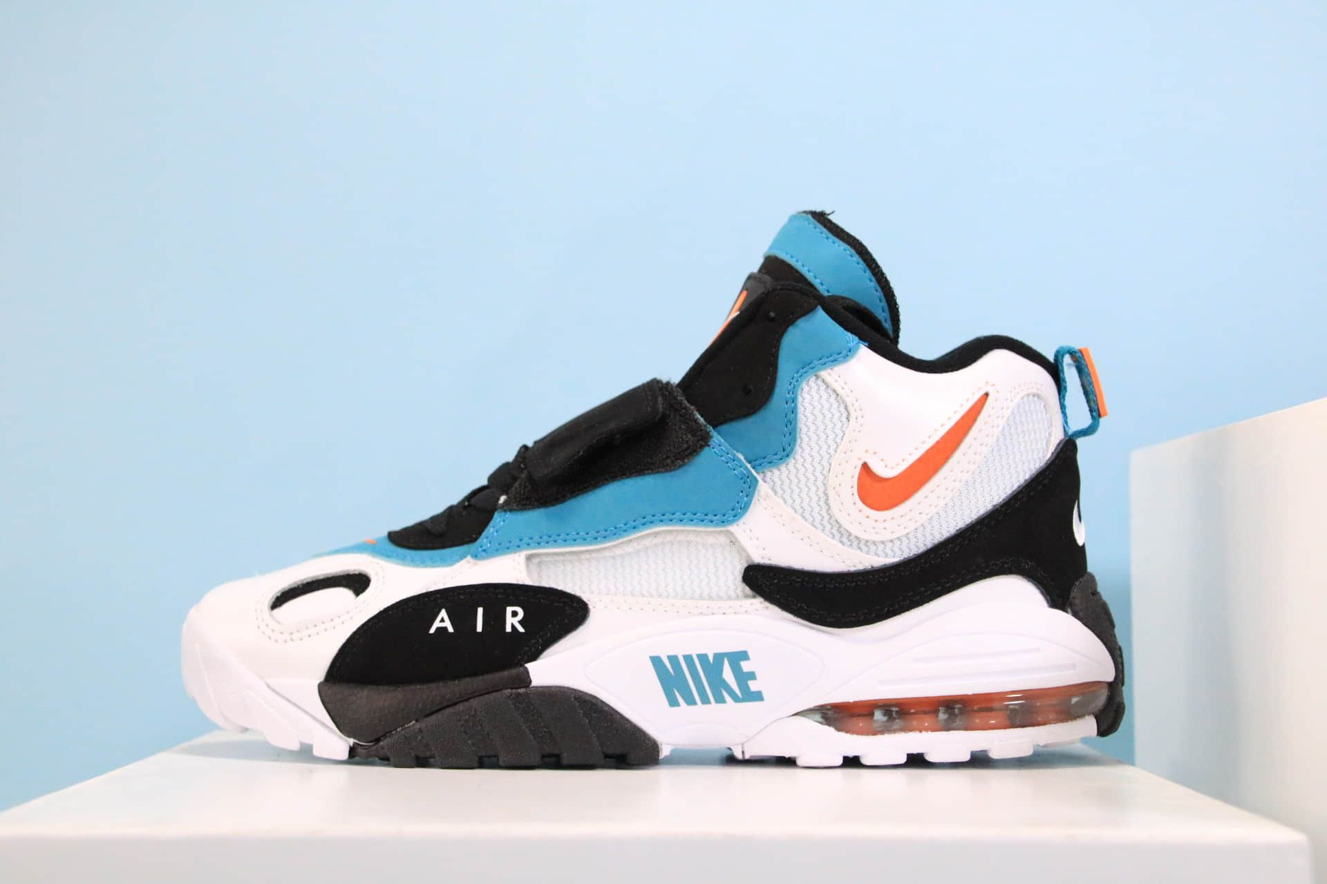 Dan Marino Nike Air Max Speed Turf Dolphins colors in 2019