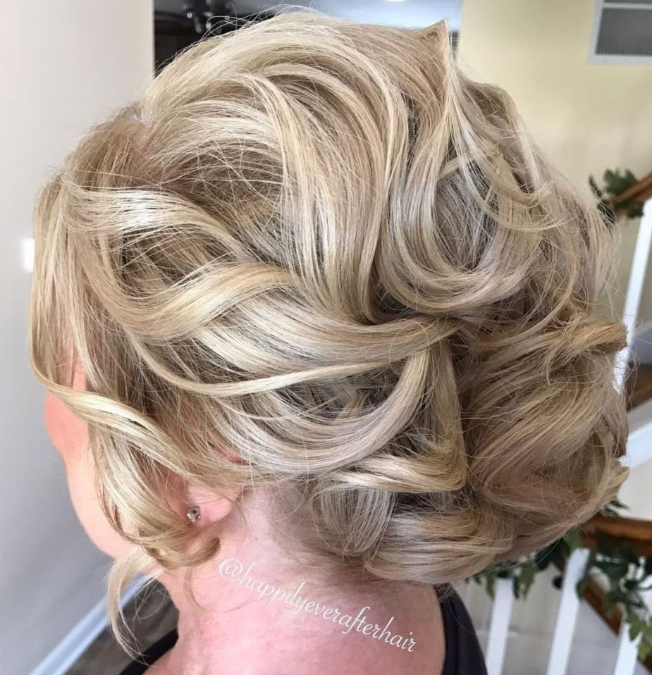 Ravishing Mother of the Bride Hairstyles in Hairstyles