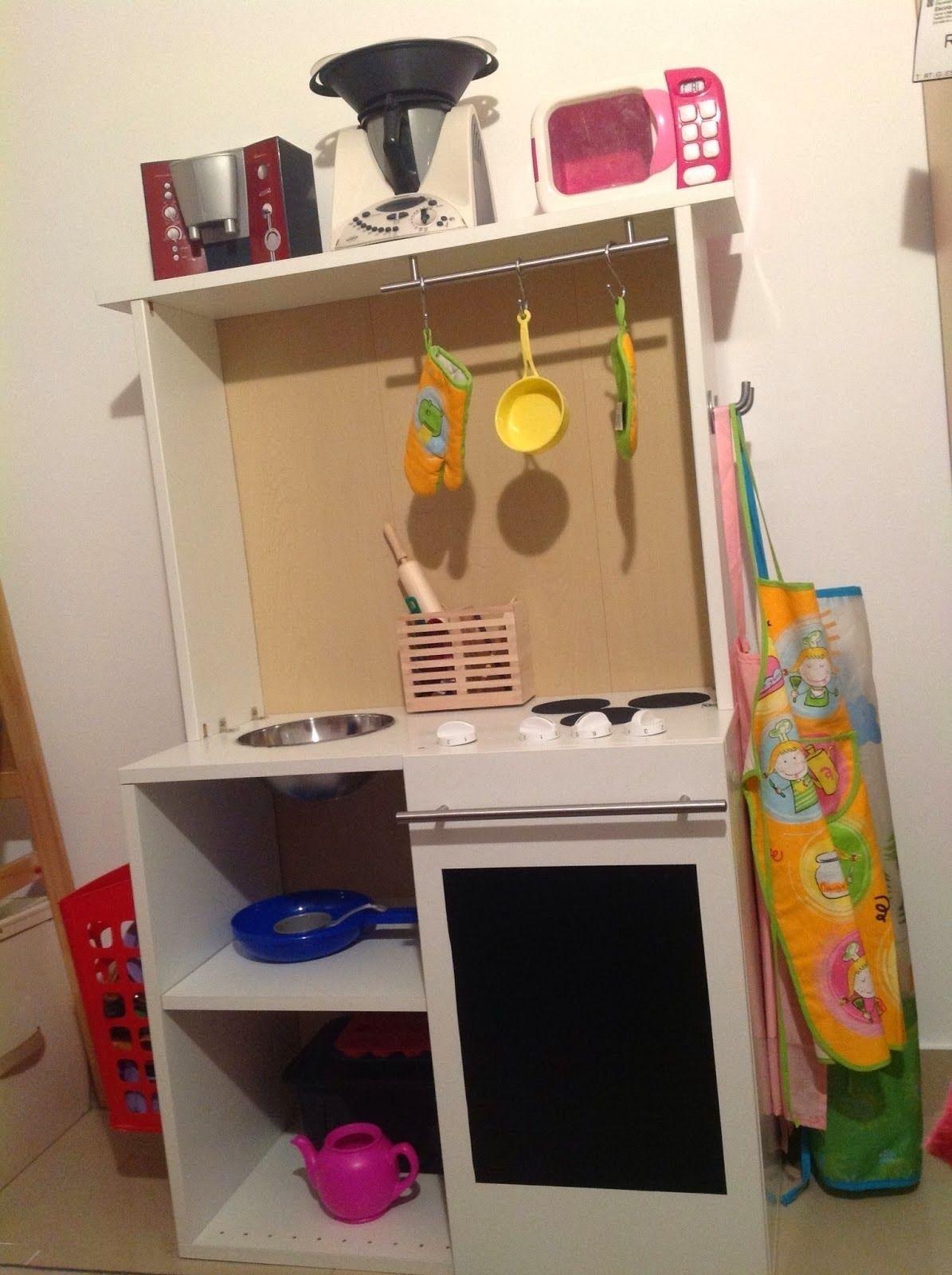 Utensilios de cocina de cart n buscar con google for Utensilios de cocina ikea