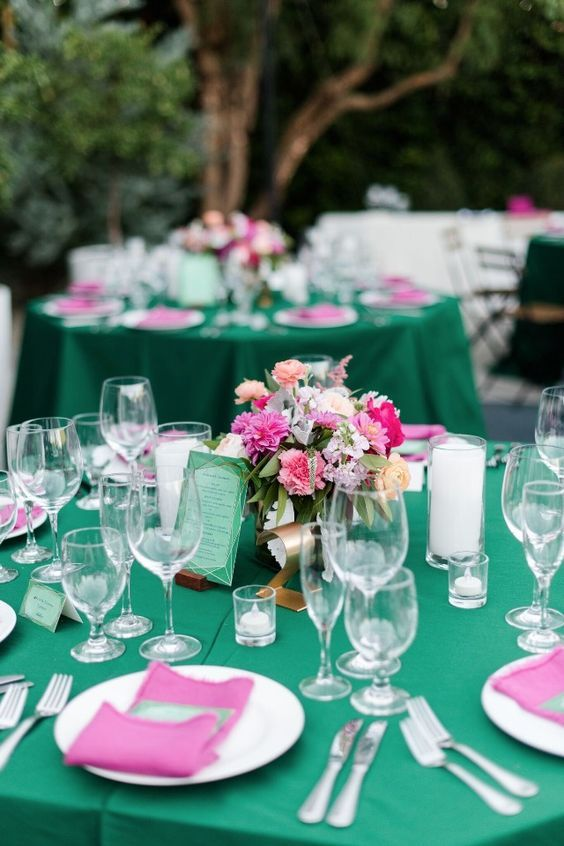 Emerald and pink table decor color combo ideas for 2017 trends emerald and pink table decor junglespirit Choice Image