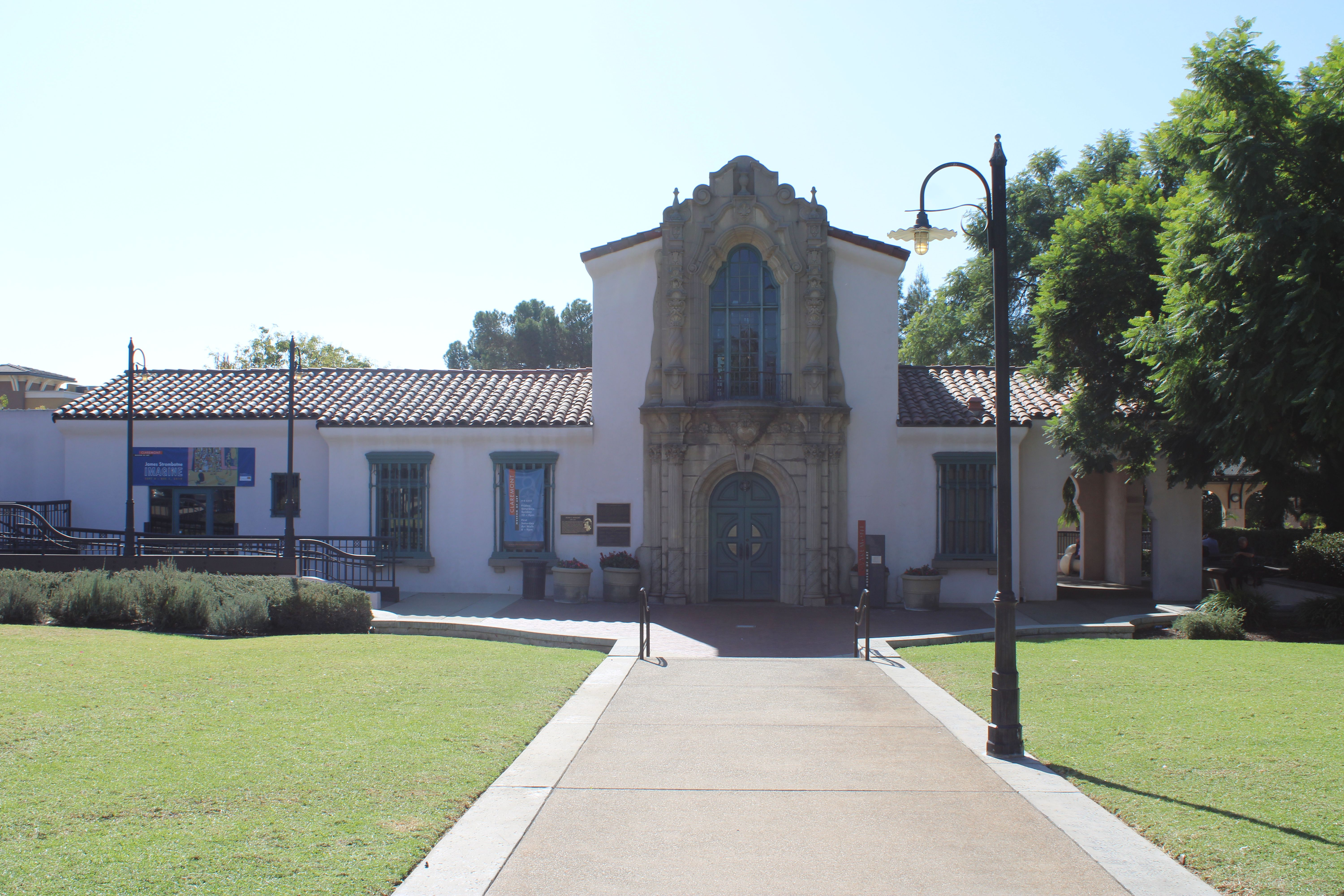 Museum of Art in Claremont California Photo by www