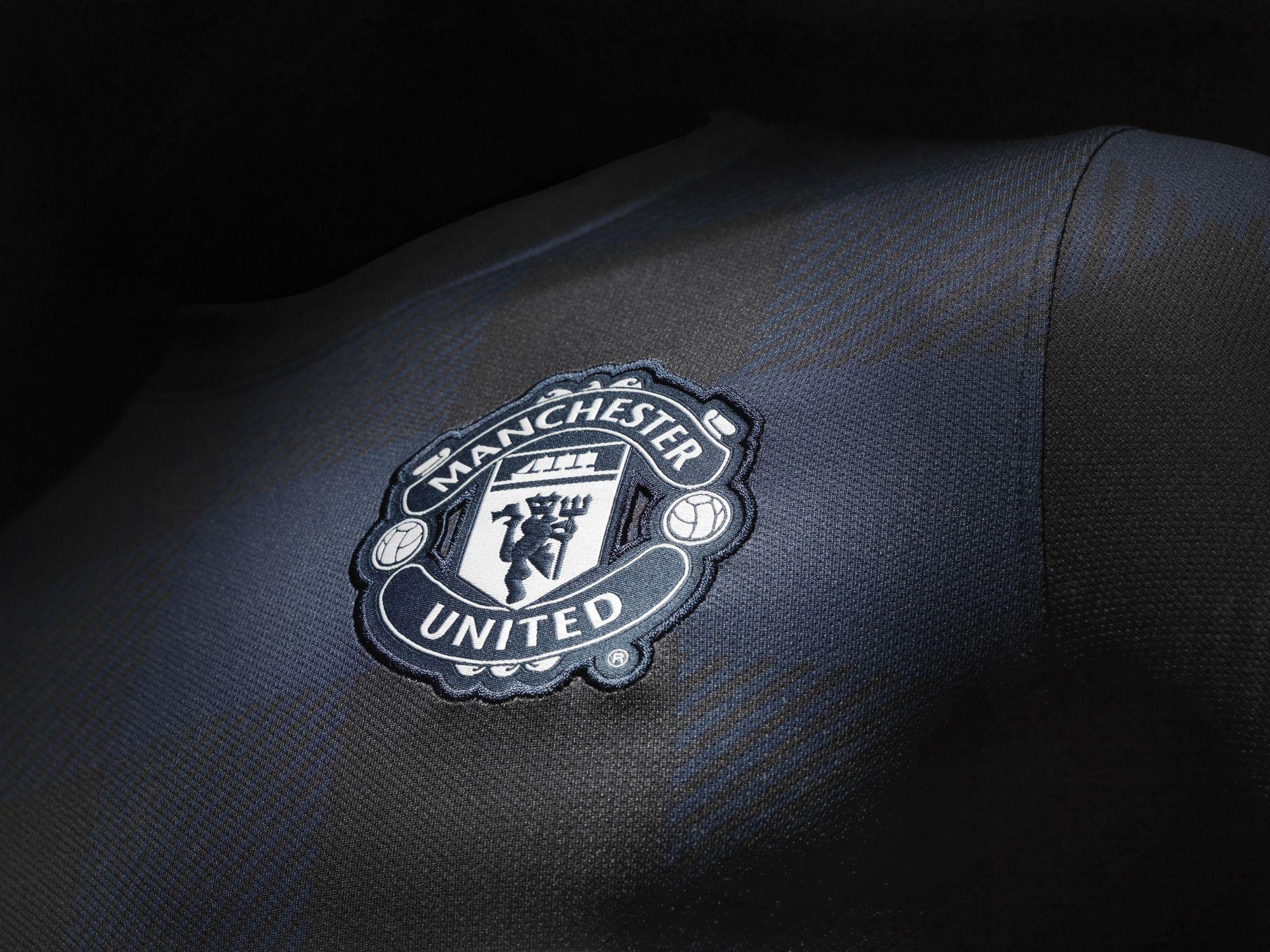 Manchester United Jersey Black Futbol Escudo Estilo