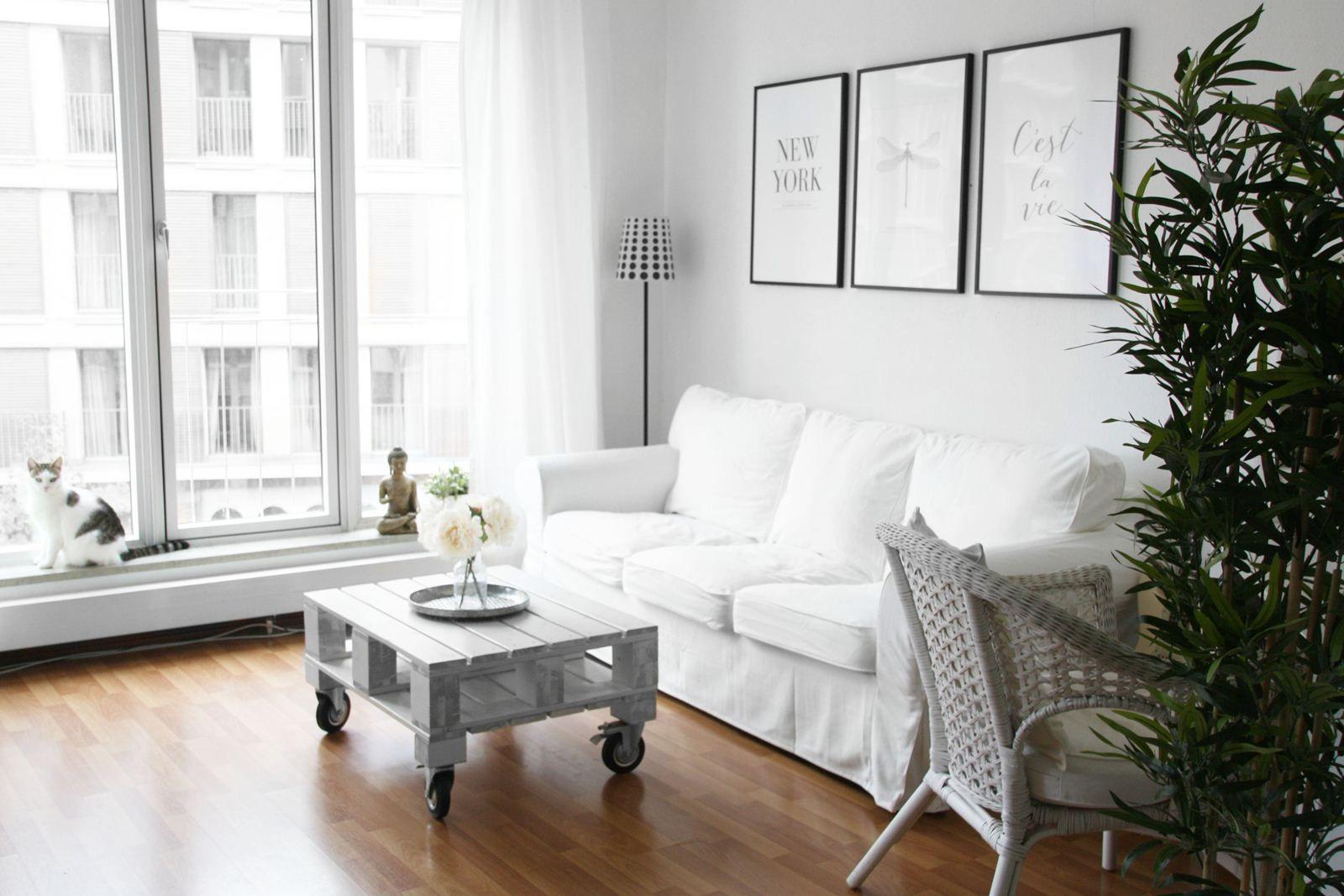 Mein Wohnzimmer | Sofa & Palettentisch | Wohnzimmer | Pinterest