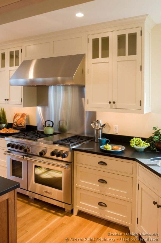 Traditional Two Tone Kitchen Cabinets 08 Crown Point