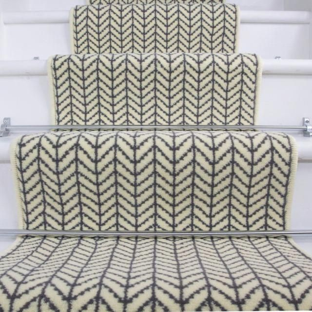 Best Herringbone Modern Design Cream Light Design Stair Carpet 400 x 300