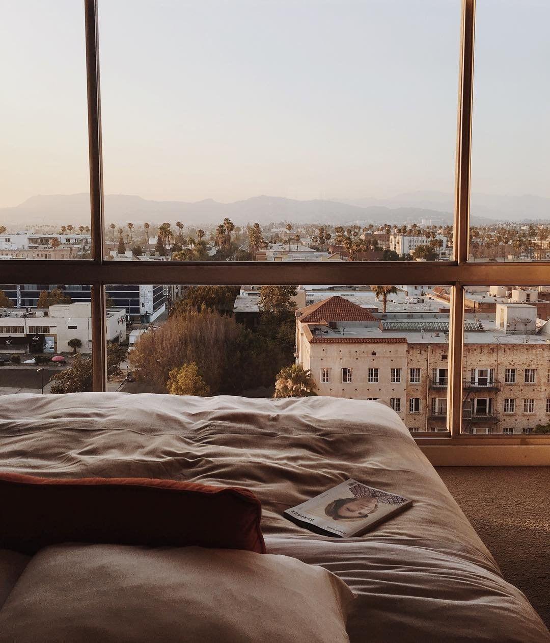 Los Angeles Apartments Near Airport: Tonya Smith (@themoptop) On