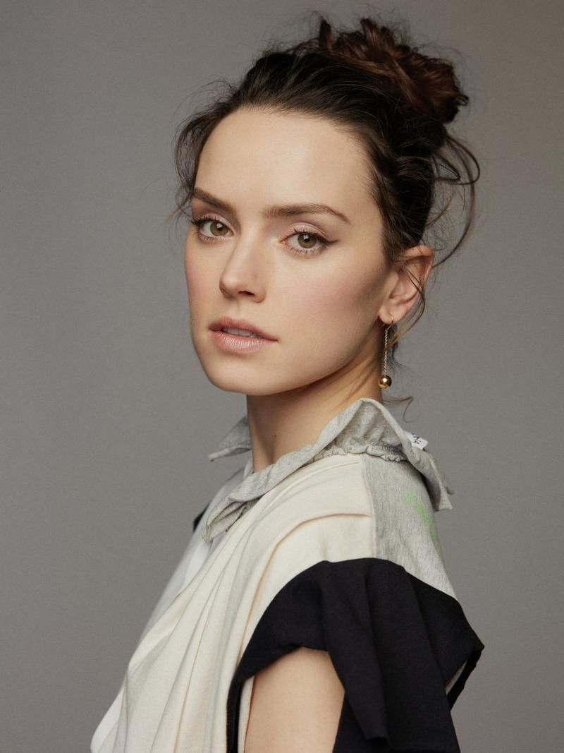 Pin By Emily Jill On Badass Ladies Daisy Ridley Daisy Grazia Magazine