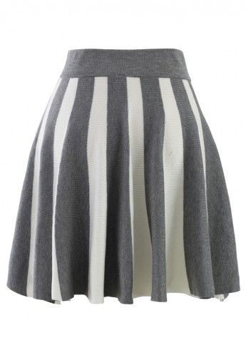 knitted striped skirt in grey