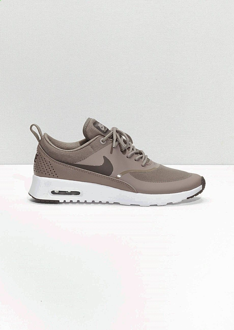 Horoscope FREE Reading on | Shoes in 2019 | Nike free shoes