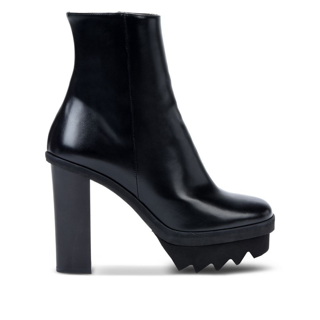 STELLA MCCARTNEY Black Ankle Boots. #stellamccartney #shoes