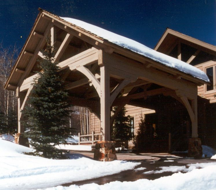 Timber frame porte cochere with king post truss ski for Porte cochere home plans