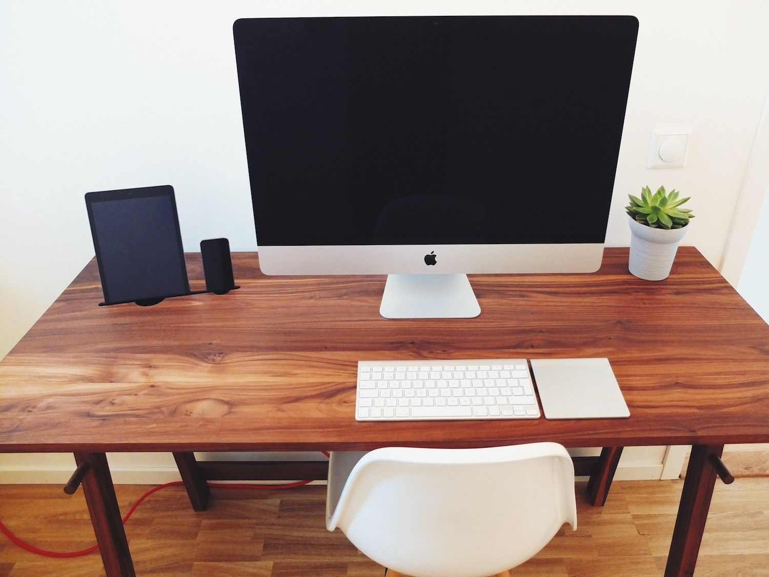 best minimalist desk | minimalist home design | pinterest