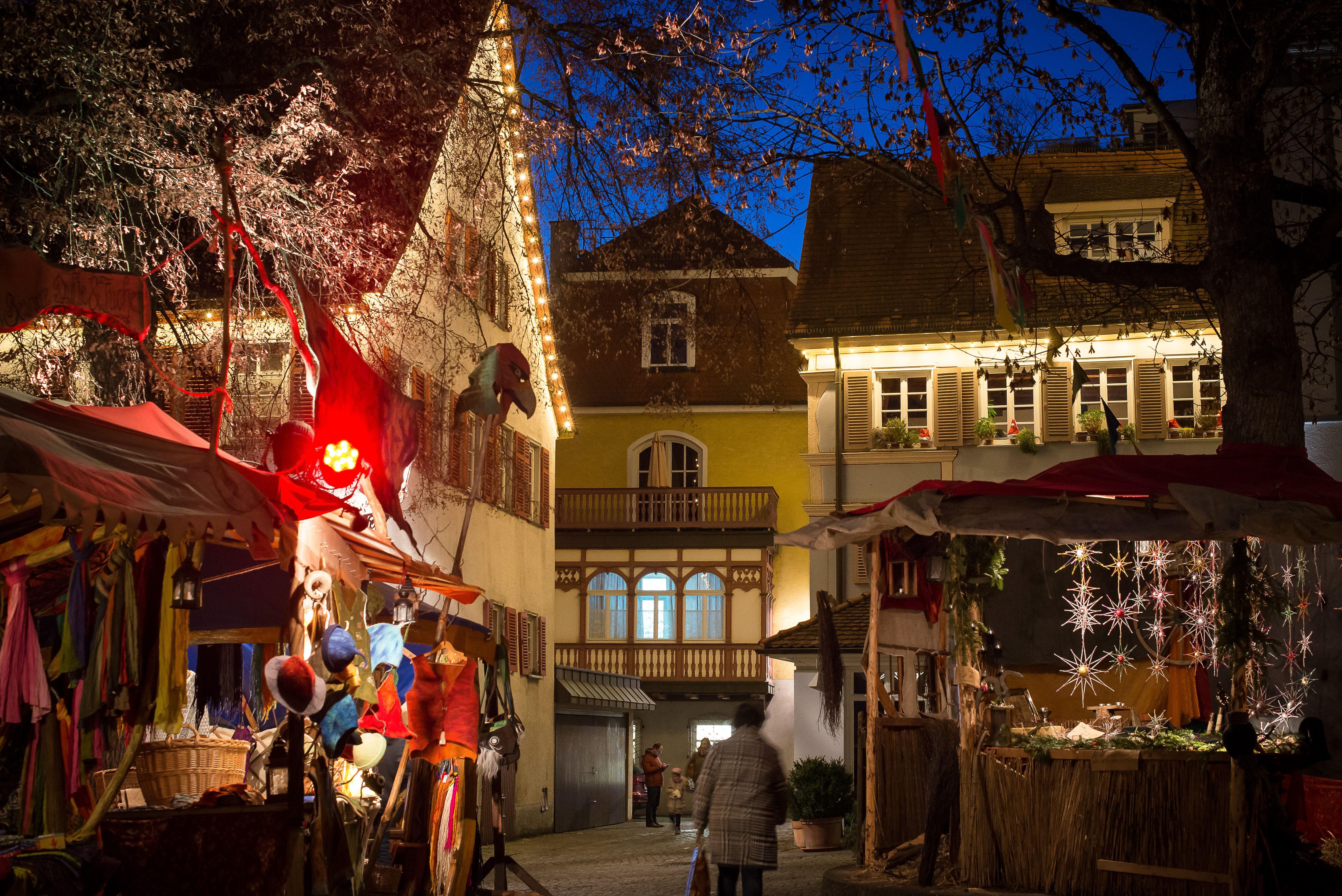 Mittelalterlicher Weihnachtsmarkt.Mittelaltermarkt Esslingen Weihnachtsmarkt Esslingen