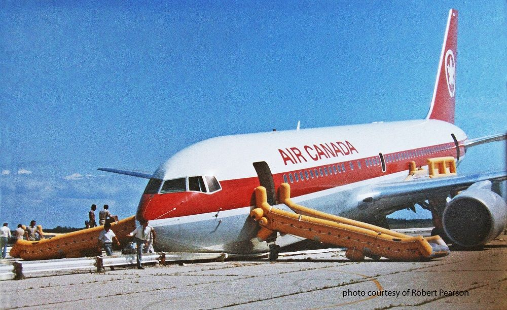 accounting air canada flight 143 the gimli Air canada flight 143, a boeing 767-200, c-gaun, after emergency landing at gimli, manitoba, 23 july 1983 (wayne glowacki / winnipeg free press) captain robert pearson 23 july 1983: air canada flight 143 was a boeing 767-200, registration c-gaun, enroute from montreal to edmonton, with a stop at ottawa.