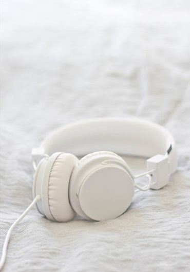 White Headphone White Headphones White Aesthetic Blanco White