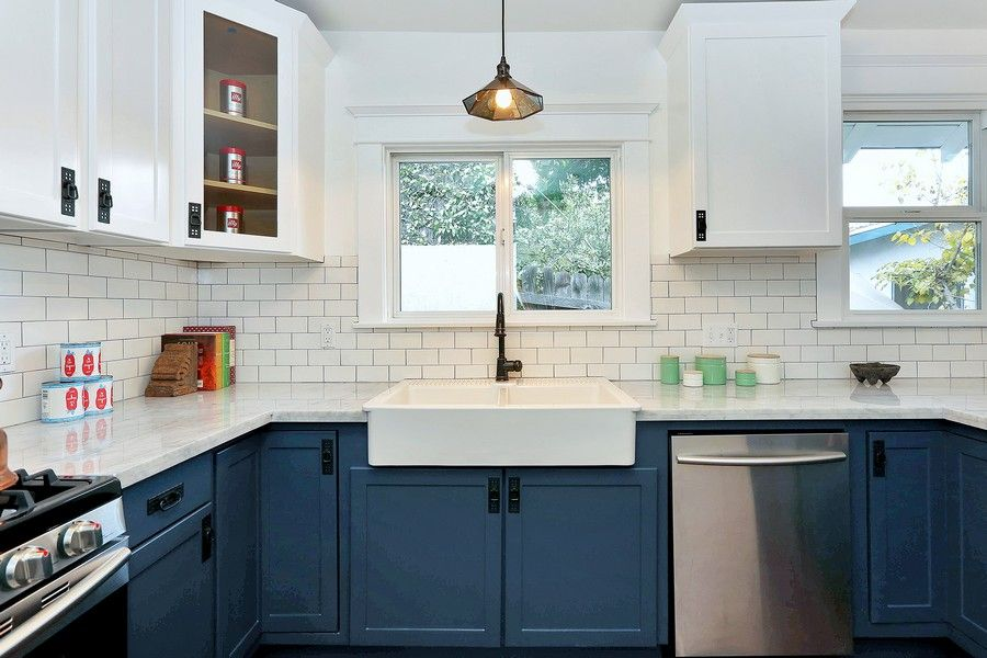 Blue Kitchen Cabinets Edmonton Links To Dead Site Just Like Photo Kitchen Remodel Small Contemporary Kitchen Kitchen Interior