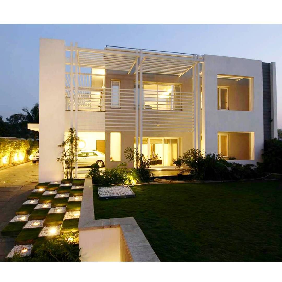 Modern Residential Exterior By Ar Sagar Morkhade: Residence Designed By Hyderabad, India Based Architecture