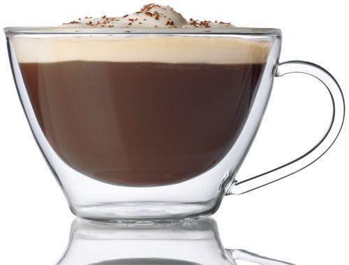 Luigi Bormioli Cappuccino glas set per 2  De ruimte tussen de glazen wanden heeft een isolerende functie waardoor hete dranken zoals koffie en thee de hoge tempratuur behouden. Hetzelfde geldt voor koude dranken die zo een aangenaam koele temperatuur behouden. Bovendien hebben de dubbelwandige glazen bij koude dranken als voordeel dat er geen condensvorming aan de buitenkant optreedt.- Inhoud 38.5 cl.- Hoog: 85 cm- Diameter: 12 cmEen set bestaande uit twee glazen. Een doosje met 2 prachtige…