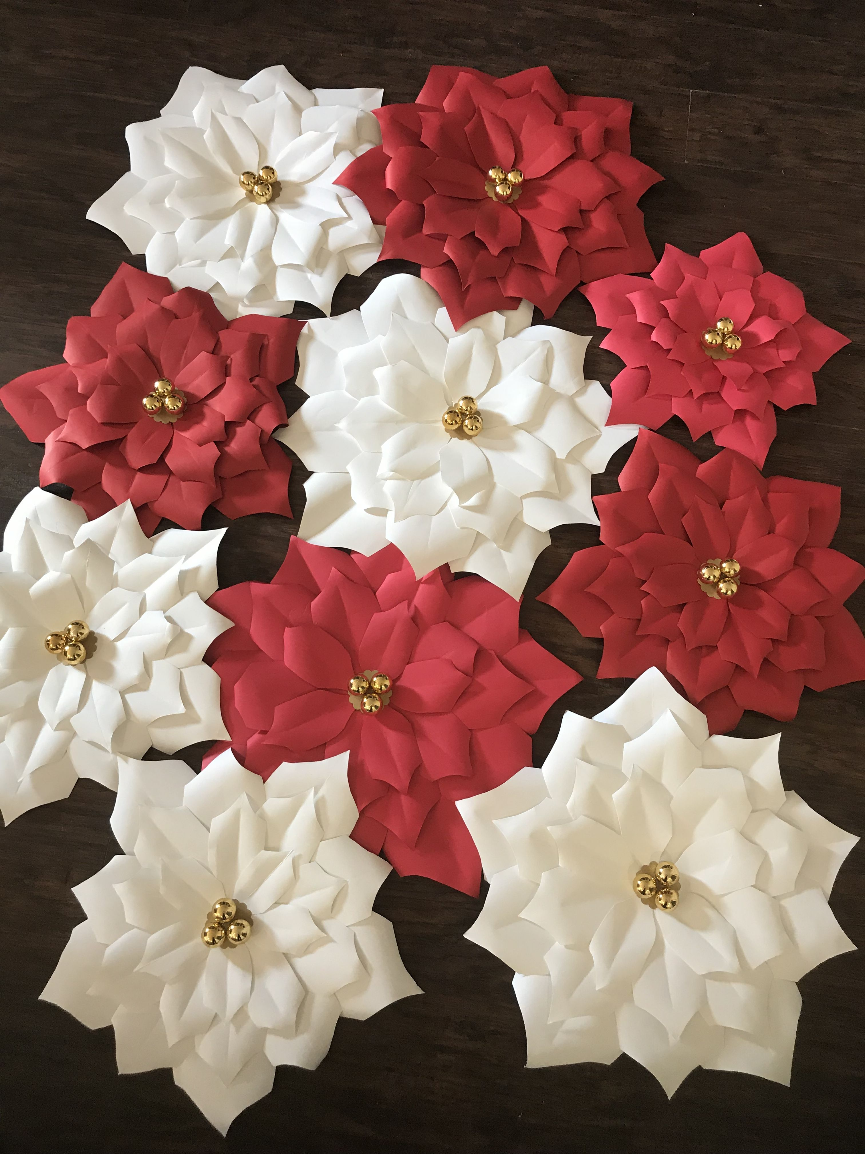 Poinsettia Paper Flowers Large 22 Medium 17 And Small 15 Getting Ready For The Holiday Paper Flowers Paper Flowers Craft Christmas Crafts Diy Decoration