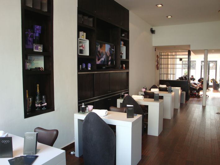 Coco nail bar notting hill cocktails coffee included manicure tables - Table bar salon ...