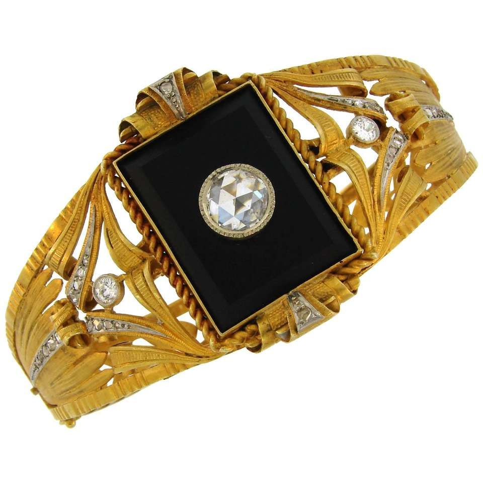 Victorian black onyx diamond yellow gold bangle bracelet gold