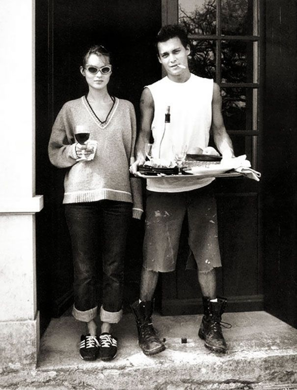 131 Rare Celebrity Pics That Reveal A Side You've Never Seen Before - 131 Rare Celebrity Pics That Reveal A Side You've Never Seen Before    Kate Moss And Johnny Depp A - #AngelinaJolie #BeautifulCelebrities #Cambridge #Celebrity #CelebrityCouples #CelebrityNews #CelebrityPhotos #DuchessKate #DuchessOfCambridge #JasonMomoa #JessicaJung #JulianneMoore #KateMiddleton #KristenStewart #pics #PrinceGeorges #PrinceHarry #PrinceWilliam #PrincessKate #Rare #Reveal #RoyalWeddings #SalmanKhan #Side #Will