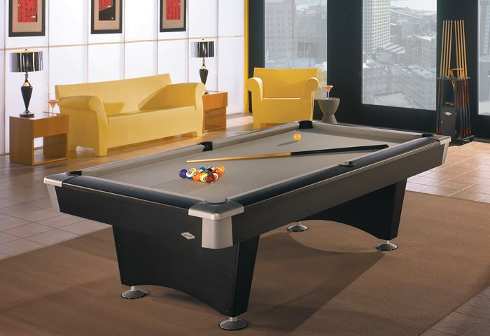 Brunswick Black Wolf 7ft American Pool Table good for the