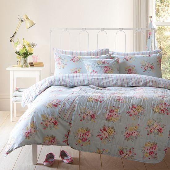 Adoro estas roupas de cama florais