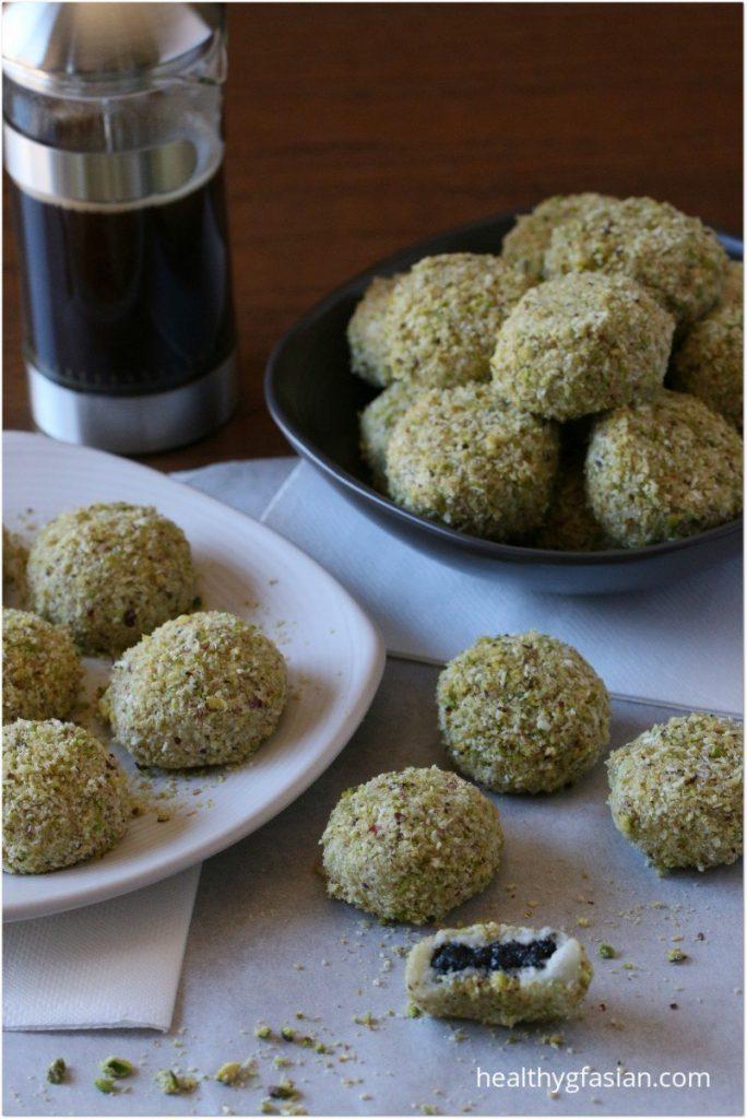 Black Sesame Glutinous Rice Balls (Mochi)   Recipe   Asian ...