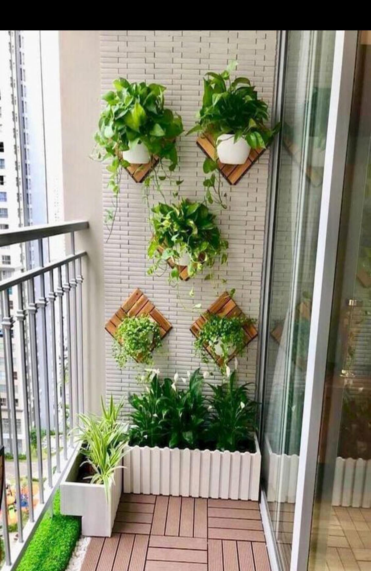 48 Fascinating Small Backyard Landscape Designs To Your Garden Small Balcony Garden House Plants Decor Apartment Balcony Garden