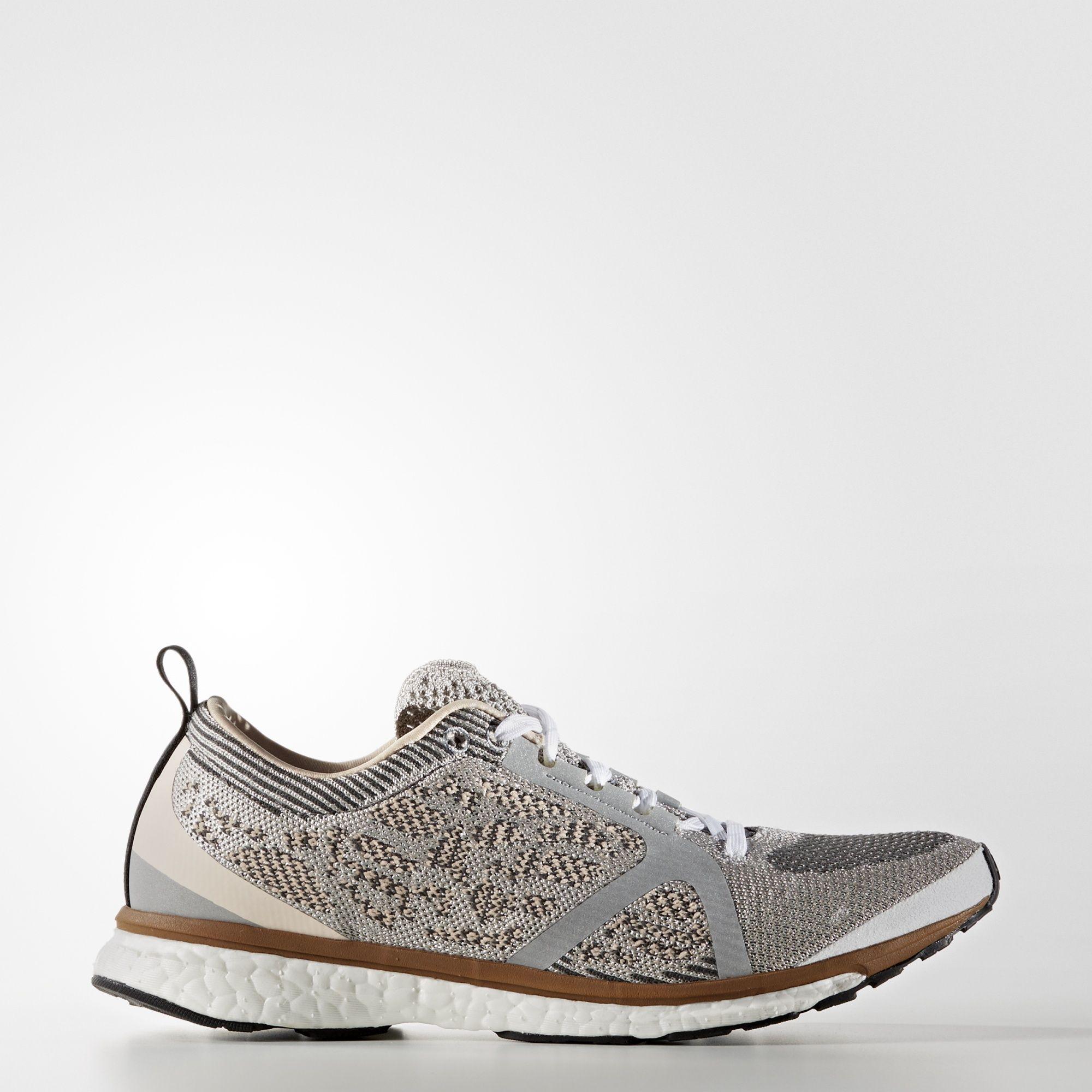 Stella es tomar en un maraton Adidas by Stella McCartney calzado, la