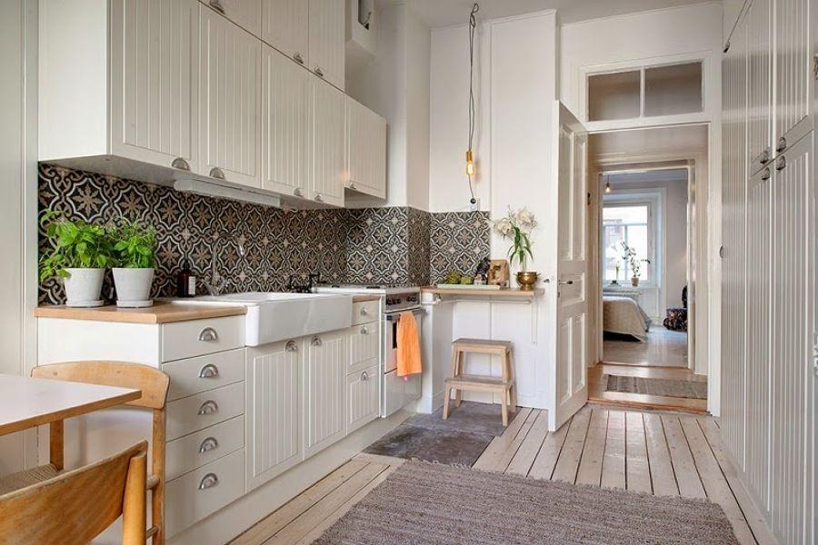 Mosaico en pared de cocina #azulejo #vintage #clásica | Cocinas ...