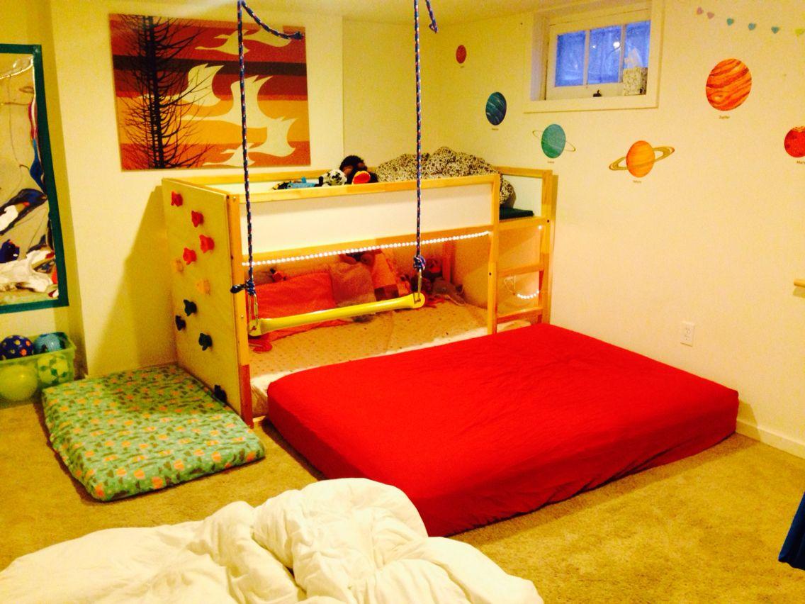 Ikea Kura Bed With Climbing Wall Kinderzimmer Kinderzimmer