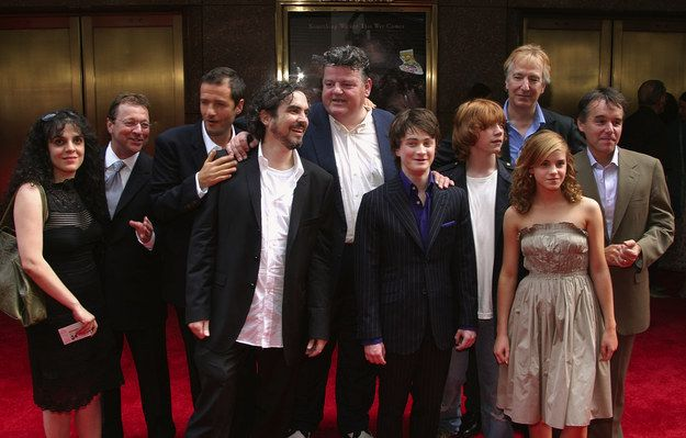 23 Bewitching Photos From The Harry Potter And The Prisoner Of Azkaban Premiere Prisoner Of Azkaban Harry Potter Groups Emma Watson Harry Potter