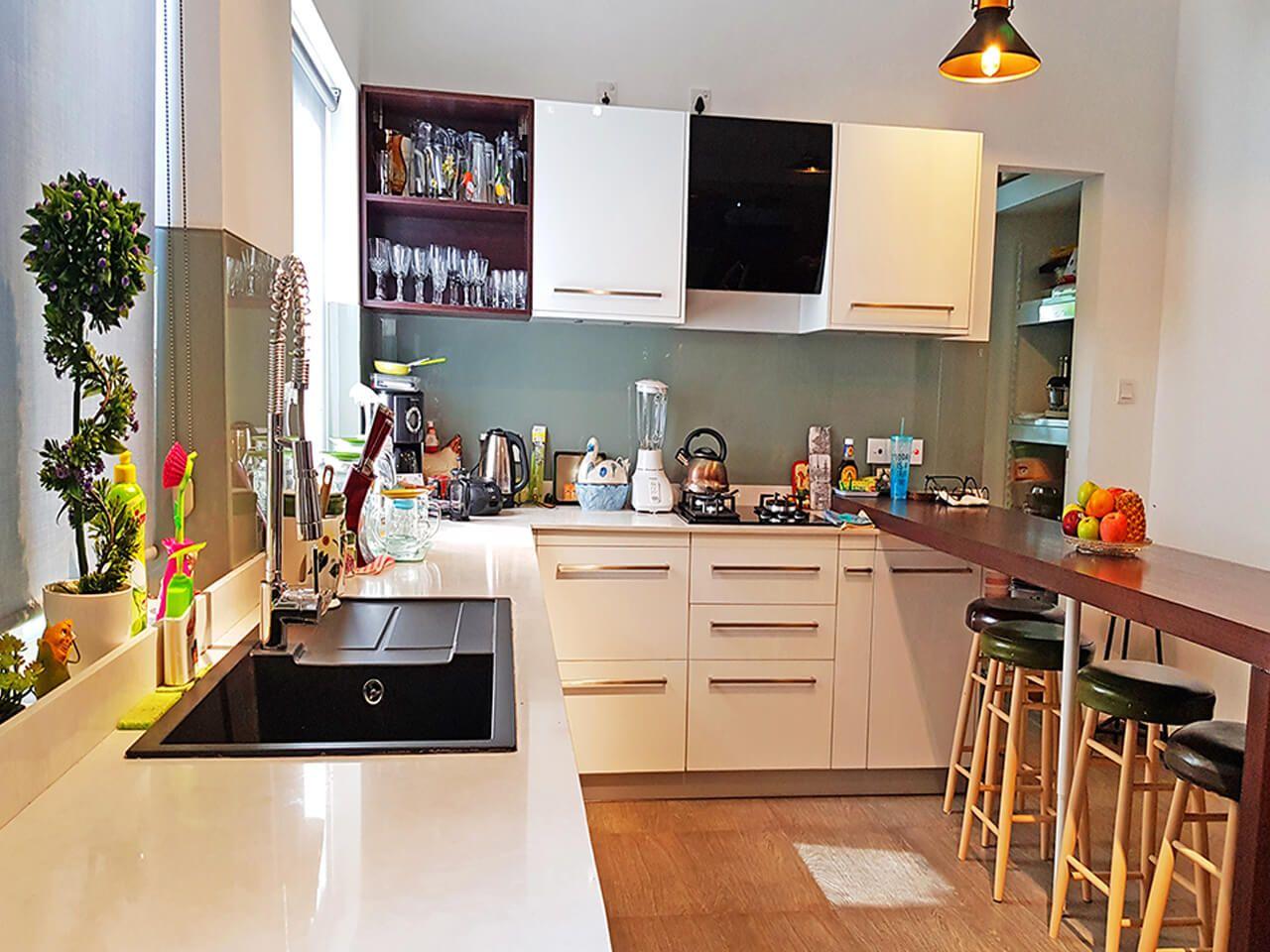 Pantry Cupboards Sri Lanka   Hybrid Kitchen Portfolio   Chicken ...