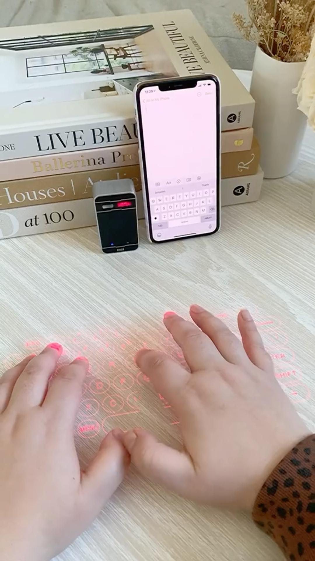 Laser Keyboard - Must have Amazon office/phone gadget 🧚♀️