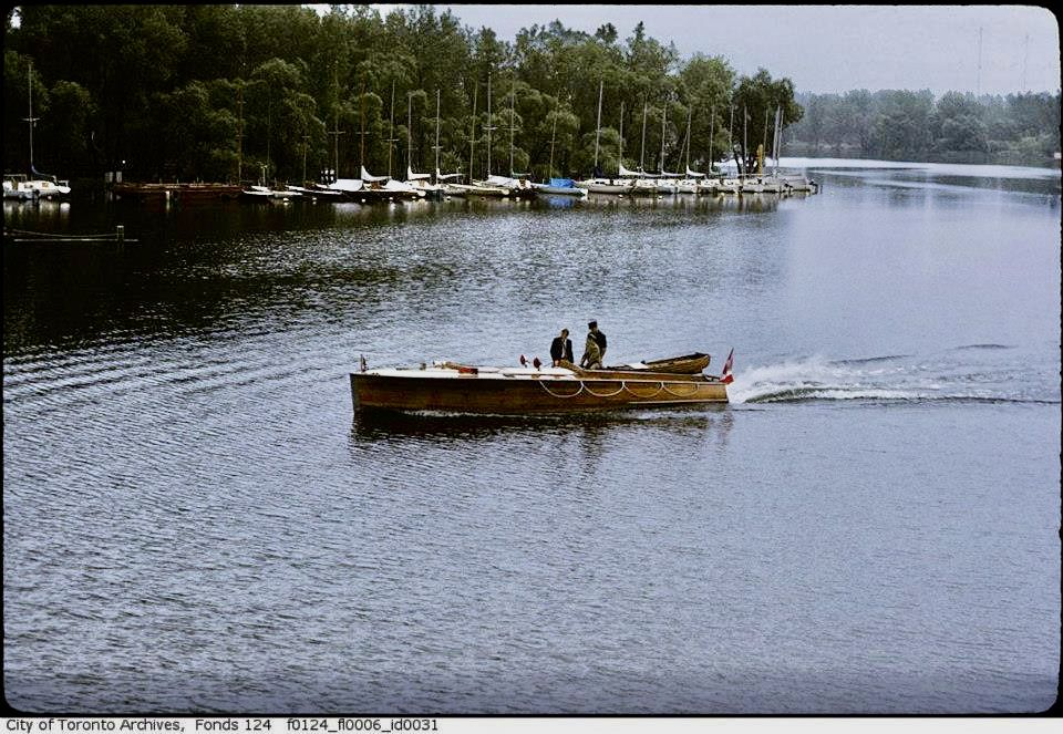 1939 33 long deck launch built by jj taylor with