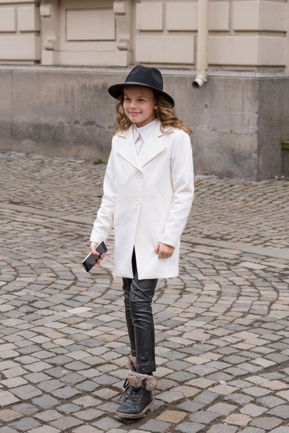 cd46e8f1f Winter wool coat for girls