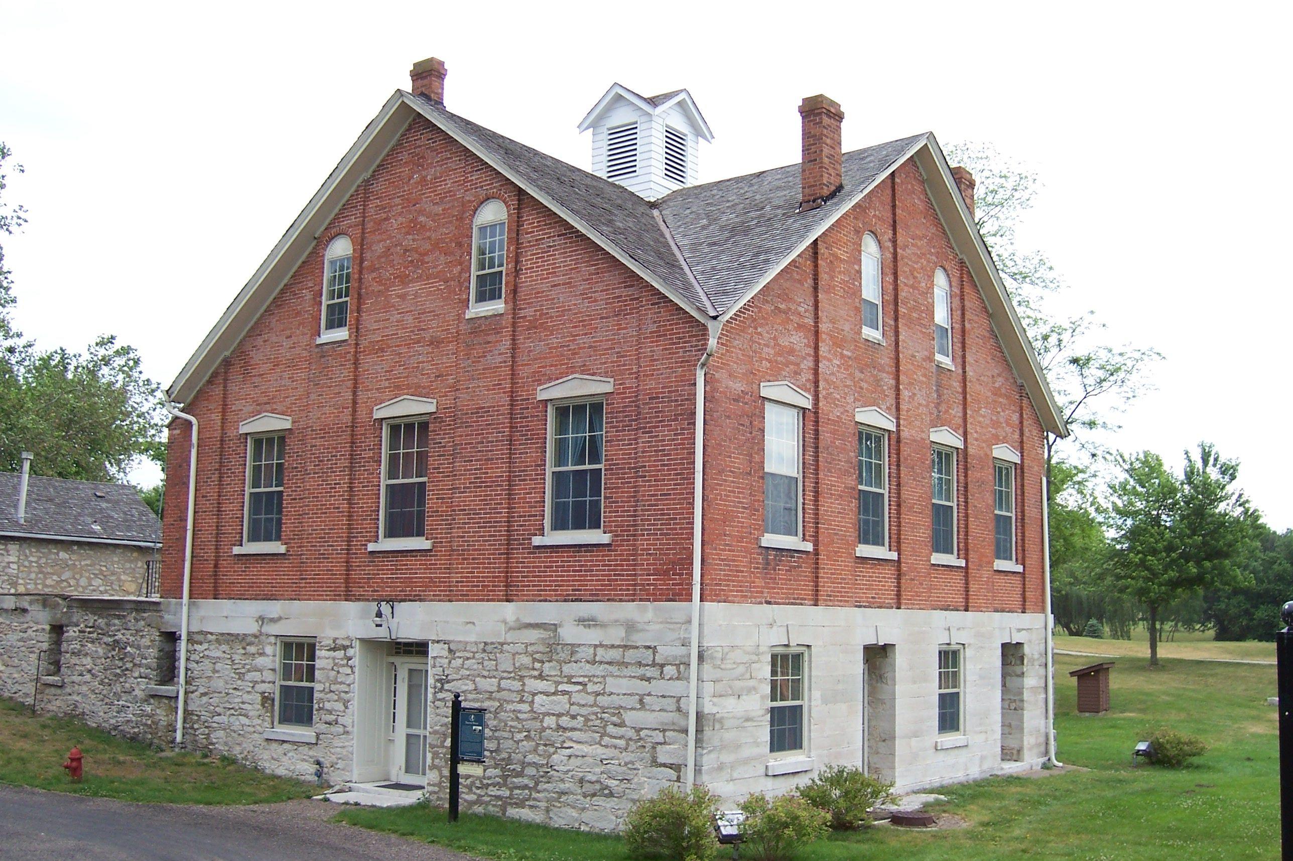 Restored Nauvoo House In Nauvoo Illinois Nauvoo Spiritual Church Best Part Of Me