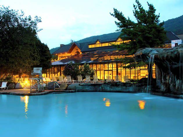 The Best Summer Weekend Getaways In 2020 Summer Weekend Getaway Family Weekend Trips Best Family Resorts